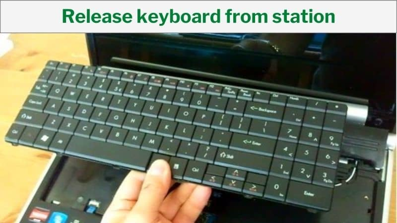 Release keyboard from station